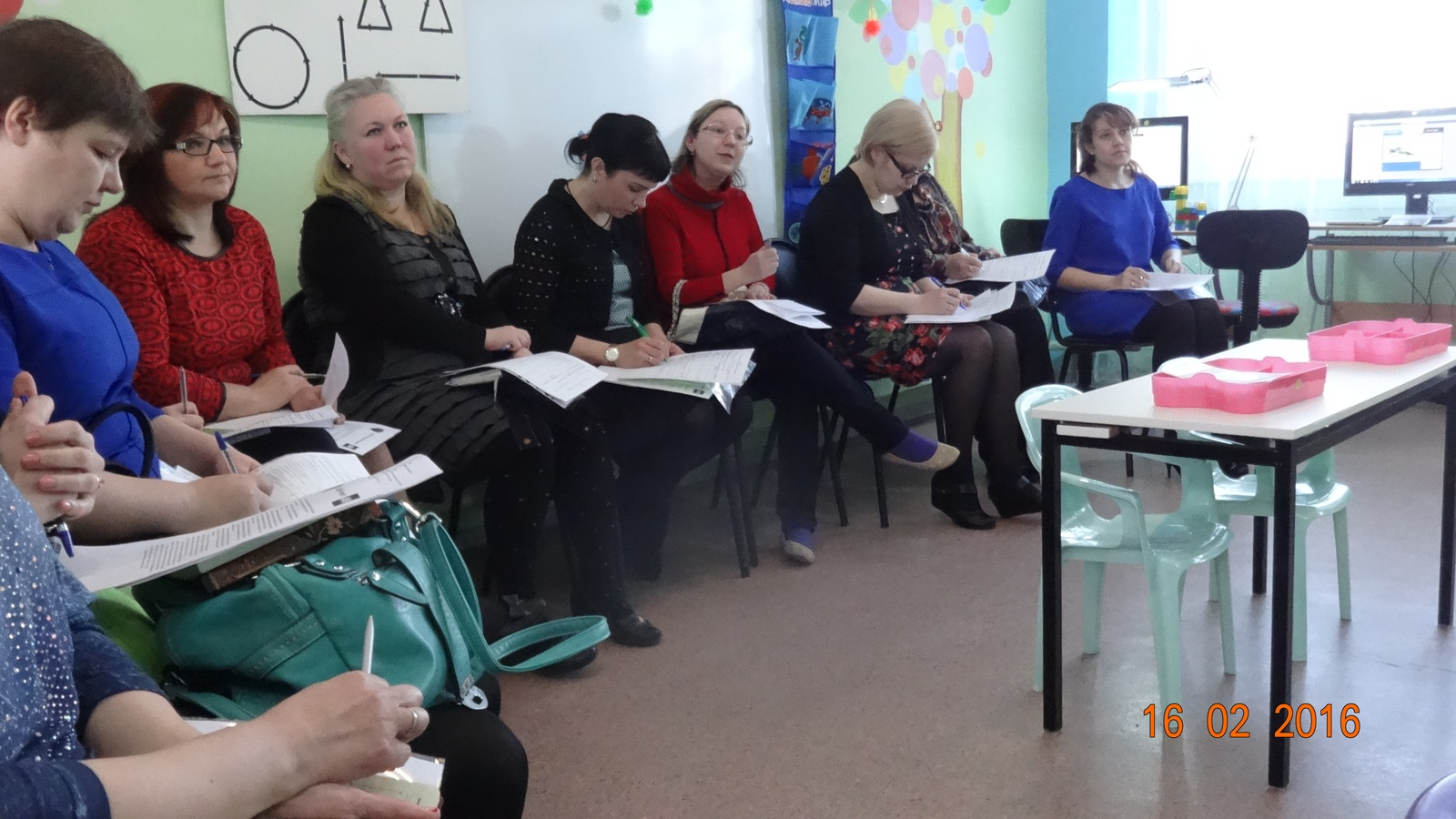 Мастер класс с педагогами доу по икт